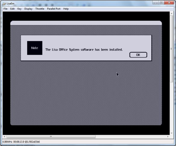 Tras copiar los 5 discos el Lisa se reiniciará y podremos usarlo ya completamente instalado.